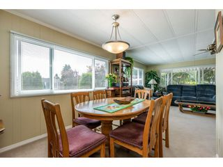 """Photo 6: 15851 NORFOLK Road in Surrey: King George Corridor Manufactured Home for sale in """"CRANLEY PARK"""" (South Surrey White Rock)  : MLS®# R2428769"""