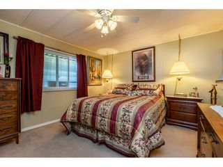"""Photo 11: 15851 NORFOLK Road in Surrey: King George Corridor Manufactured Home for sale in """"CRANLEY PARK"""" (South Surrey White Rock)  : MLS®# R2428769"""