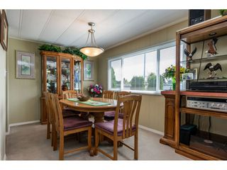 """Photo 5: 15851 NORFOLK Road in Surrey: King George Corridor Manufactured Home for sale in """"CRANLEY PARK"""" (South Surrey White Rock)  : MLS®# R2428769"""