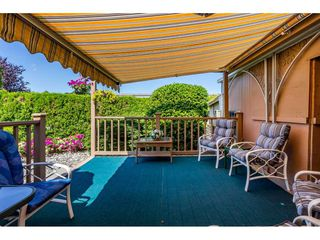 """Photo 17: 15851 NORFOLK Road in Surrey: King George Corridor Manufactured Home for sale in """"CRANLEY PARK"""" (South Surrey White Rock)  : MLS®# R2428769"""