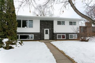 Main Photo: 44 Oates Green in Red Deer: RR Oriole Park Residential for sale : MLS®# CA0187932