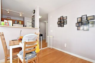 Photo 7: 407 3575 EUCLID AVENUE in Vancouver: Collingwood VE Condo for sale (Vancouver East)  : MLS®# R2408894