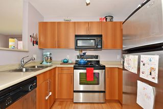 Photo 8: 407 3575 EUCLID AVENUE in Vancouver: Collingwood VE Condo for sale (Vancouver East)  : MLS®# R2408894