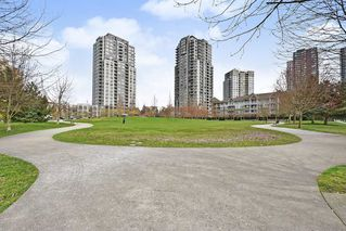 Photo 19: 407 3575 EUCLID AVENUE in Vancouver: Collingwood VE Condo for sale (Vancouver East)  : MLS®# R2408894