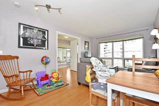 Photo 5: 407 3575 EUCLID AVENUE in Vancouver: Collingwood VE Condo for sale (Vancouver East)  : MLS®# R2408894