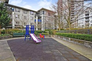 Photo 17: 407 3575 EUCLID AVENUE in Vancouver: Collingwood VE Condo for sale (Vancouver East)  : MLS®# R2408894