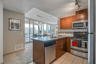 Photo 14: 1401 210 15 Avenue SE in Calgary: Beltline Apartment for sale : MLS®# C4299960