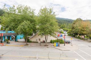 "Photo 27: 102 2181 PANORAMA Drive in North Vancouver: Deep Cove Condo for sale in ""Panorama Place"" : MLS®# R2496386"