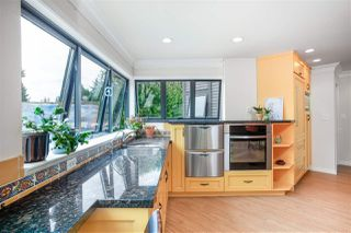 "Photo 12: 102 2181 PANORAMA Drive in North Vancouver: Deep Cove Condo for sale in ""Panorama Place"" : MLS®# R2496386"