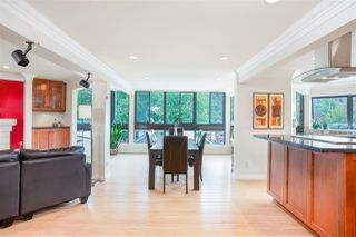 "Photo 2: 102 2181 PANORAMA Drive in North Vancouver: Deep Cove Condo for sale in ""Panorama Place"" : MLS®# R2496386"