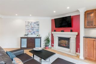 "Photo 8: 102 2181 PANORAMA Drive in North Vancouver: Deep Cove Condo for sale in ""Panorama Place"" : MLS®# R2496386"