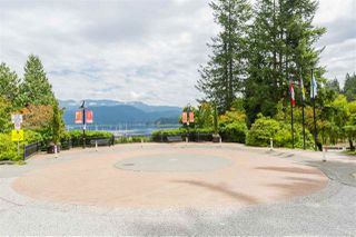 "Photo 31: 102 2181 PANORAMA Drive in North Vancouver: Deep Cove Condo for sale in ""Panorama Place"" : MLS®# R2496386"