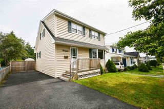 Photo 2: 36 Chappell Street in Dartmouth: 10-Dartmouth Downtown To Burnside Residential for sale (Halifax-Dartmouth)  : MLS®# 202018621