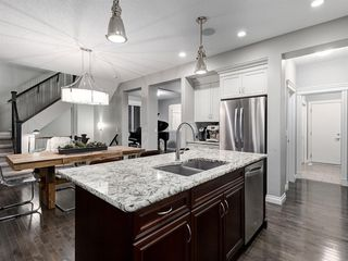Photo 11: 86 ASCOT Crescent SW in Calgary: Aspen Woods Detached for sale : MLS®# A1038949
