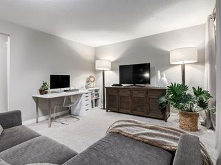 Photo 21: 86 ASCOT Crescent SW in Calgary: Aspen Woods Detached for sale : MLS®# A1038949