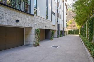 Photo 26: MISSION VALLEY Condo for sale : 3 bedrooms : 8434 Distinctive Drive in San Diego