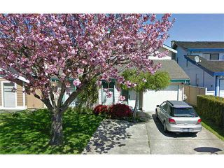 Photo 1: 6791 SHAWNIGAN Place in Richmond: Woodwards House for sale : MLS®# V933064