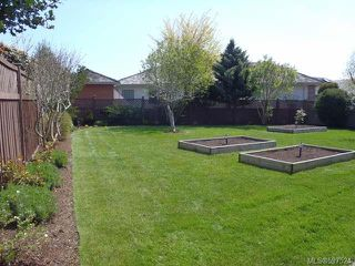 Photo 9: 780 Windward Pl in QUALICUM BEACH: PQ Qualicum Beach House for sale (Parksville/Qualicum)  : MLS®# 597524