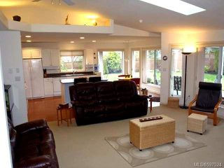 Photo 20: 780 Windward Pl in QUALICUM BEACH: PQ Qualicum Beach House for sale (Parksville/Qualicum)  : MLS®# 597524