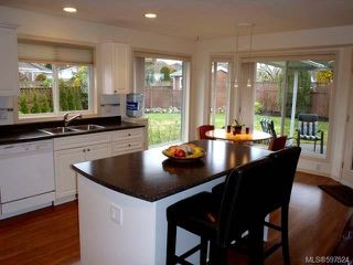 Photo 17: 780 Windward Pl in QUALICUM BEACH: PQ Qualicum Beach House for sale (Parksville/Qualicum)  : MLS®# 597524