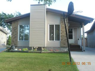 Photo 20: 99 Petriw Bay in WINNIPEG: Maples / Tyndall Park Residential for sale (North West Winnipeg)  : MLS®# 1213831