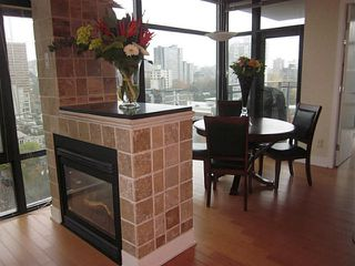 """Photo 1: 1402 1863 ALBERNI Street in Vancouver: West End VW Condo for sale in """"LUMIERE"""" (Vancouver West)  : MLS®# V978080"""