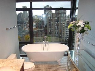 """Photo 7: 1402 1863 ALBERNI Street in Vancouver: West End VW Condo for sale in """"LUMIERE"""" (Vancouver West)  : MLS®# V978080"""