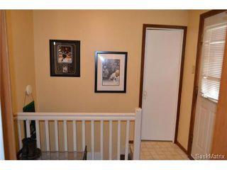 Photo 5: 421 Taylor STREET E in Saskatoon: Queen Elizabeth Single Family Dwelling for sale (Saskatoon Area 02)  : MLS®# 454549