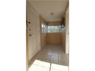 "Photo 4: 54 3295 SUNNYSIDE Road: Anmore Manufactured Home for sale in ""COUNTRYSIDE VILLAGE"" (Port Moody)  : MLS®# V999785"