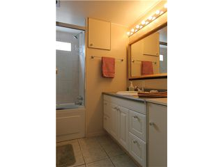 "Photo 8: 54 3295 SUNNYSIDE Road: Anmore Manufactured Home for sale in ""COUNTRYSIDE VILLAGE"" (Port Moody)  : MLS®# V999785"