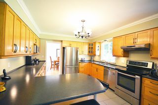 Photo 21: 480 GREENWAY AV in North Vancouver: Upper Delbrook House for sale : MLS®# V1003304