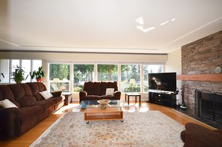 Photo 24: 480 GREENWAY AV in North Vancouver: Upper Delbrook House for sale : MLS®# V1003304