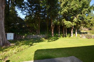 Photo 11: 480 GREENWAY AV in North Vancouver: Upper Delbrook House for sale : MLS®# V1003304