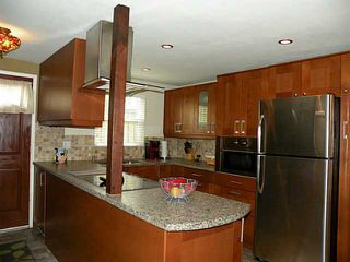Photo 1: MISSION HILLS Condo for sale : 2 bedrooms : 4057 Brant Street #5 in San Diego