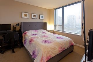 Photo 2: 1802 4182 Dawson Street in Burnaby: Brentwood Park Condo for sale (Burnaby North)  : MLS®# V1035172