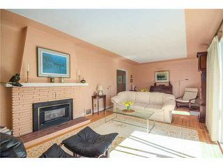 Photo 3: 2337 Jefferson Av in West Vancouver: Dundarave House for sale : MLS®# V1139571
