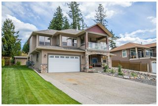 Photo 2: 1720 Northeast 24 Street in Salmon Arm: Lakeview Meadows House for sale (NE Salmon Arm)  : MLS®# 10105842