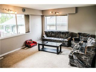 Photo 3: 7456 144 st in Surrey: East Newton House for sale : MLS®# F1439789