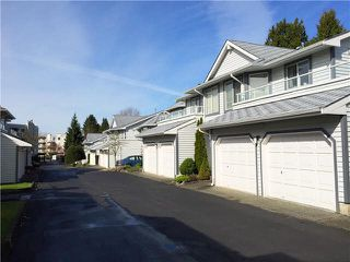 Photo 11: 56 9281 122 ST in Surrey: Queen Mary Park Surrey Townhouse for sale : MLS®# F1435744