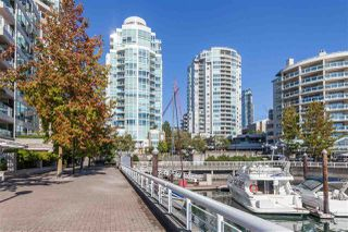 Photo 2: 302 1501 HOWE STREET in Vancouver: Yaletown Condo for sale (Vancouver West)  : MLS®# R2303942
