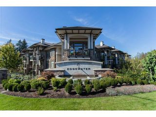 Main Photo: 207 15195 36 Avenue in Surrey: Morgan Creek Condo for sale (South Surrey White Rock)  : MLS®# R2292304