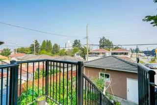 Photo 18: 2495 E 34TH Avenue in Vancouver: Collingwood VE House for sale (Vancouver East)  : MLS®# R2411989