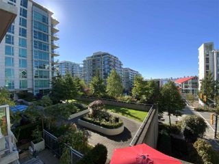 """Photo 15: TH15 168 E ESPLANADE in North Vancouver: Lower Lonsdale Townhouse for sale in """"The Pier"""" : MLS®# R2504583"""