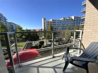 """Photo 13: TH15 168 E ESPLANADE in North Vancouver: Lower Lonsdale Townhouse for sale in """"The Pier"""" : MLS®# R2504583"""