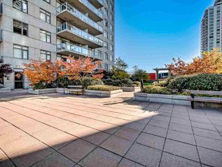 """Photo 25: 2305 892 CARNARVON Street in New Westminster: Downtown NW Condo for sale in """"Azure II"""" : MLS®# R2516429"""
