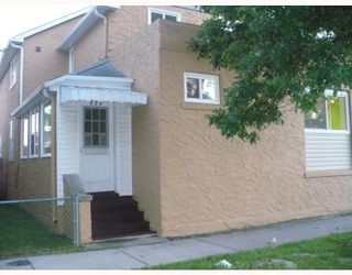 Photo 2: 828 MANITOBA AVE: Residential for sale (North End)  : MLS®# 2913625