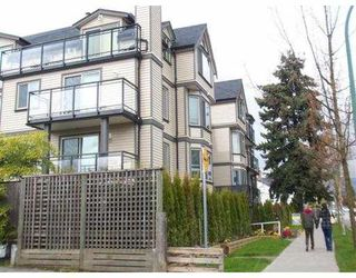 Photo 2: 302 2709 Victoria Drive in Vancouver: Grandview VE Condo for sale (Vancouver East)  : MLS®# V820643
