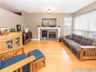 Photo 4: 18488 65A AV in Surrey: Cloverdale BC House for sale (Cloverdale)  : MLS®# F1410742