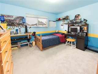 Photo 9: 18488 65A AV in Surrey: Cloverdale BC House for sale (Cloverdale)  : MLS®# F1410742