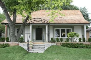 Main Photo:  in : North York Freehold for sale (Toronto C14)